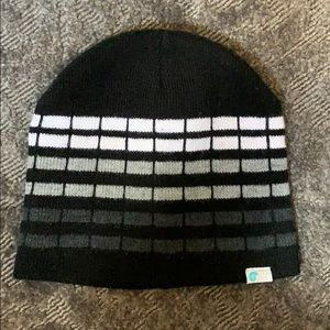 Other - Black knit beanie